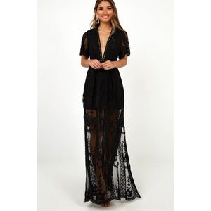 Socialite Black Lace Dress